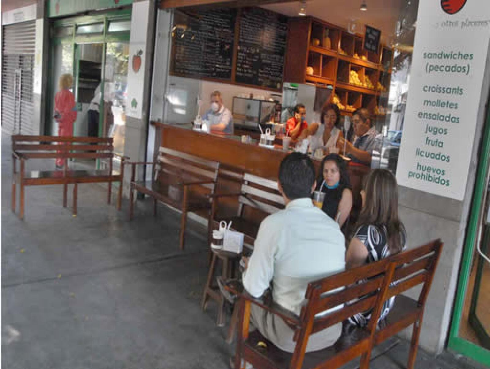 Restauranteros esperan que el día de las madres sea espléndido, mejor que los 87.5 millones de pesos que prevé la CANIRAC se recauden dicho día.