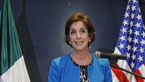 Tras 10 meses, Roberta Jacobson arribó al país para ocupar su cargo como embajadora del EU en México.