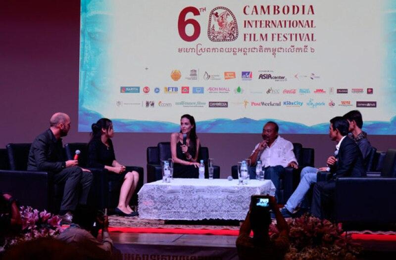 Hace unos días Angelina asistió al Festival de Cine de Camboya.