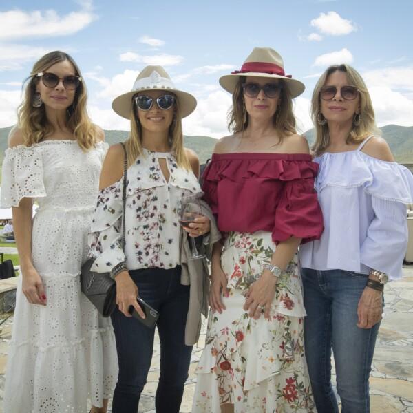 Mary Sofi Cobo, Marcela Cepeda, Lily Cepeda y Paty Boheringer.jpg