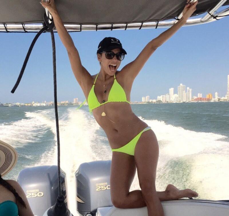 Eva no dudó en mostrar su tonificado cuerpo que lució en su viaje a Cartagena.