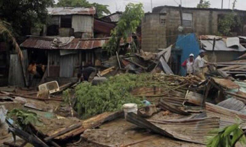 El huracán Irene dejará en Nueva Yor, pérdidas por 2,150 mdd según estima el New York Times. (Foto: AP)