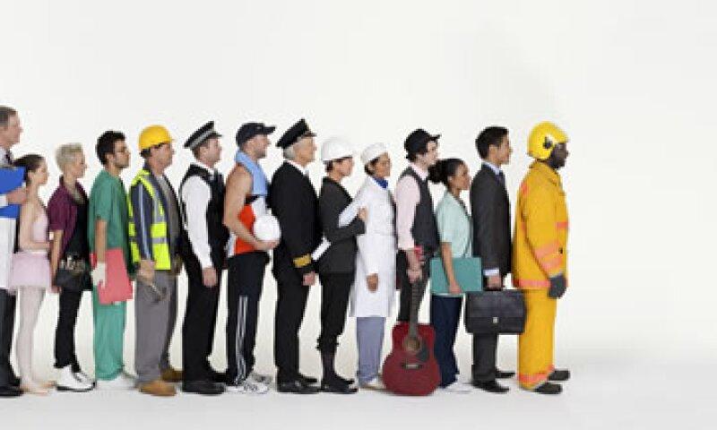 Economistas proyectaron un aumento de 160,000 puestos. (Foto: Getty Images)