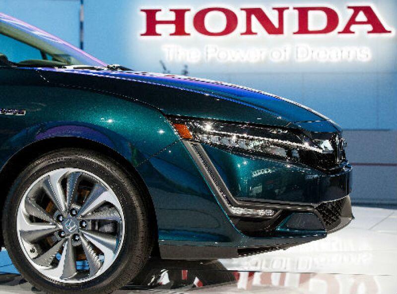 Honda auto y logo