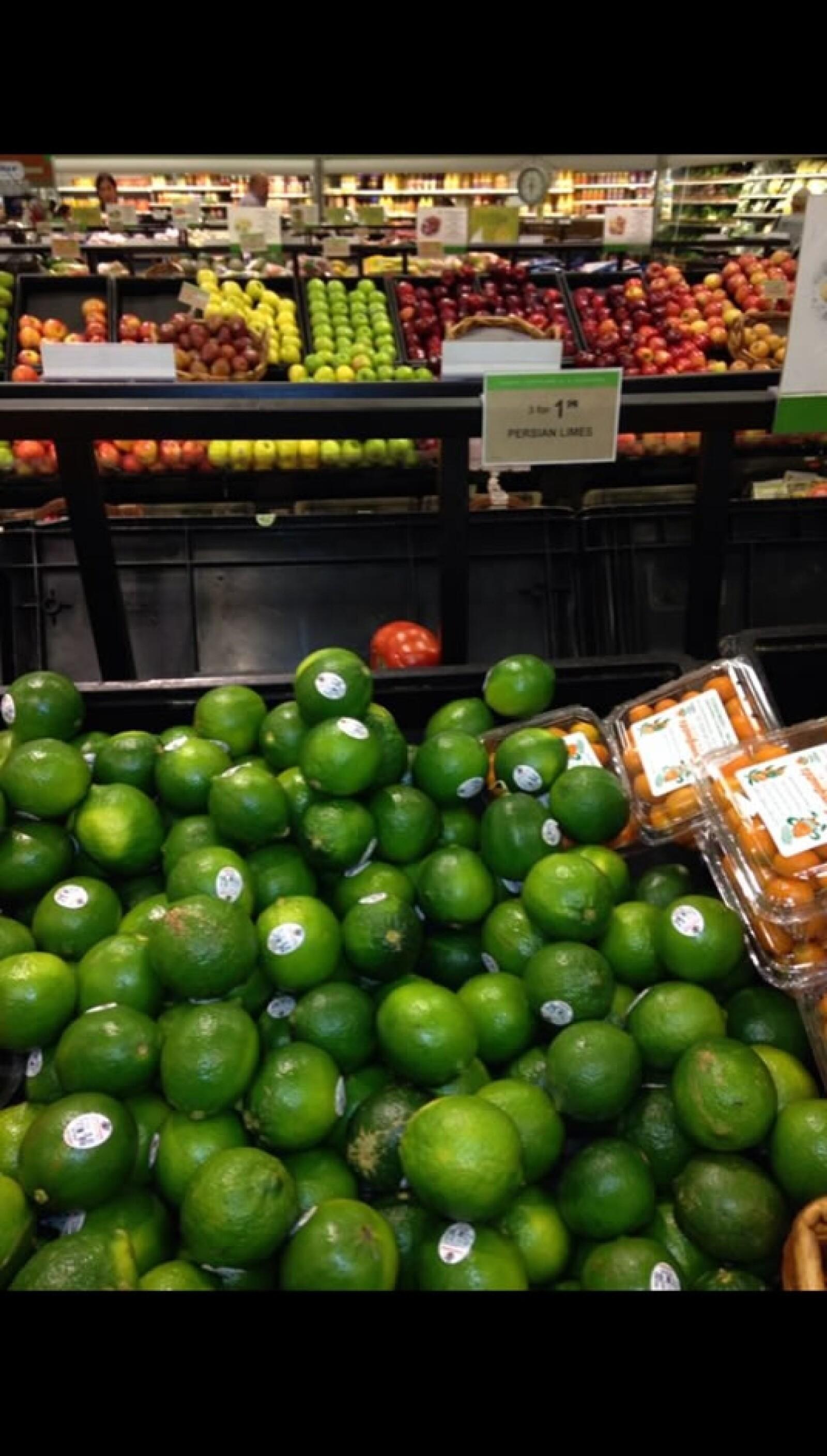 En la zona Doral en Miami, en el supermercado Publix, los limones cuestan 3 por 1.99 dólares, unos 26 pesos mexicanos