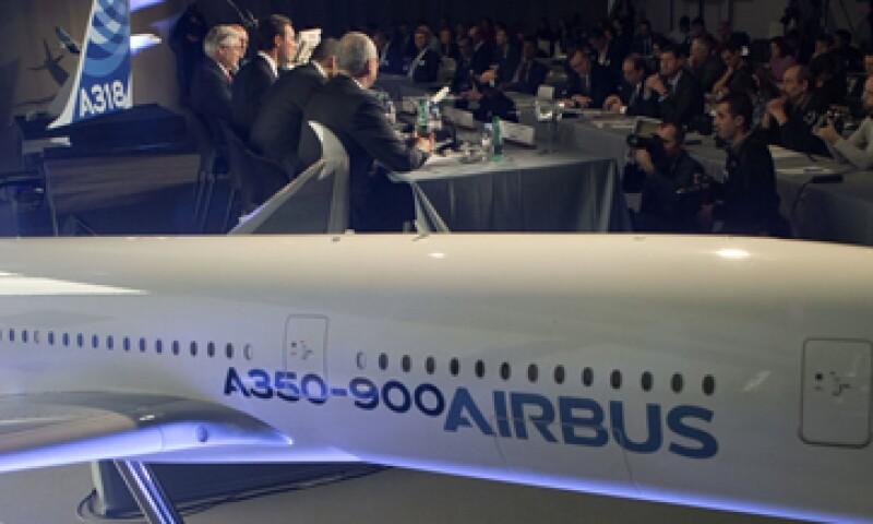 Airbus refiere que ha vendido más de 12,700 aviones a más de 500 clientes en el mundo. (Foto: AP)