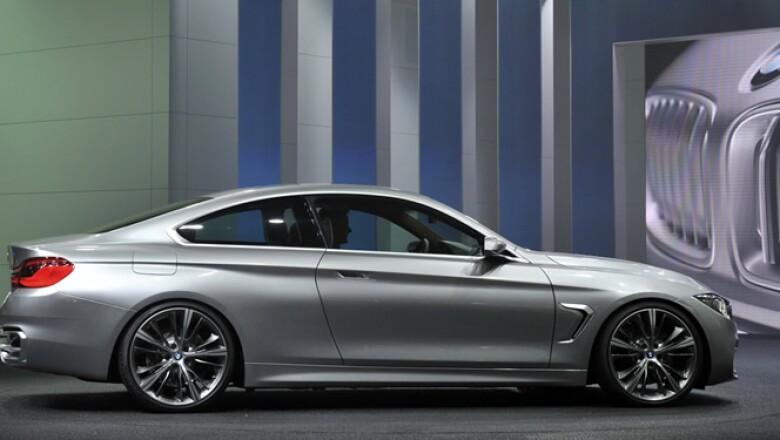 El BMW Concept Serie 4 Coupe se exhibe en el Salón Internacional de Detroit.