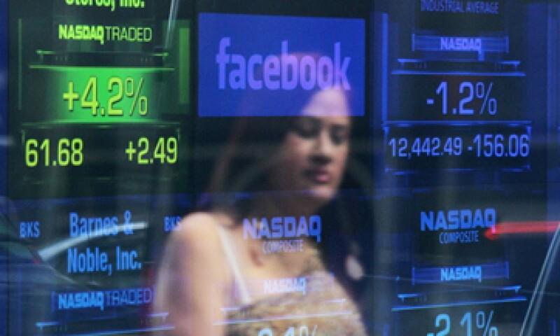Facebook ha sido una de las empresas afectadas por los fallos técnicos, uno de los cuales opacó su debut en Bolsa. (Foto: Getty Images)