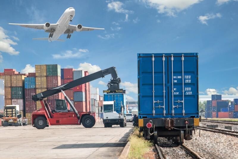 Transporte Estados Unidos ferrocarril avión