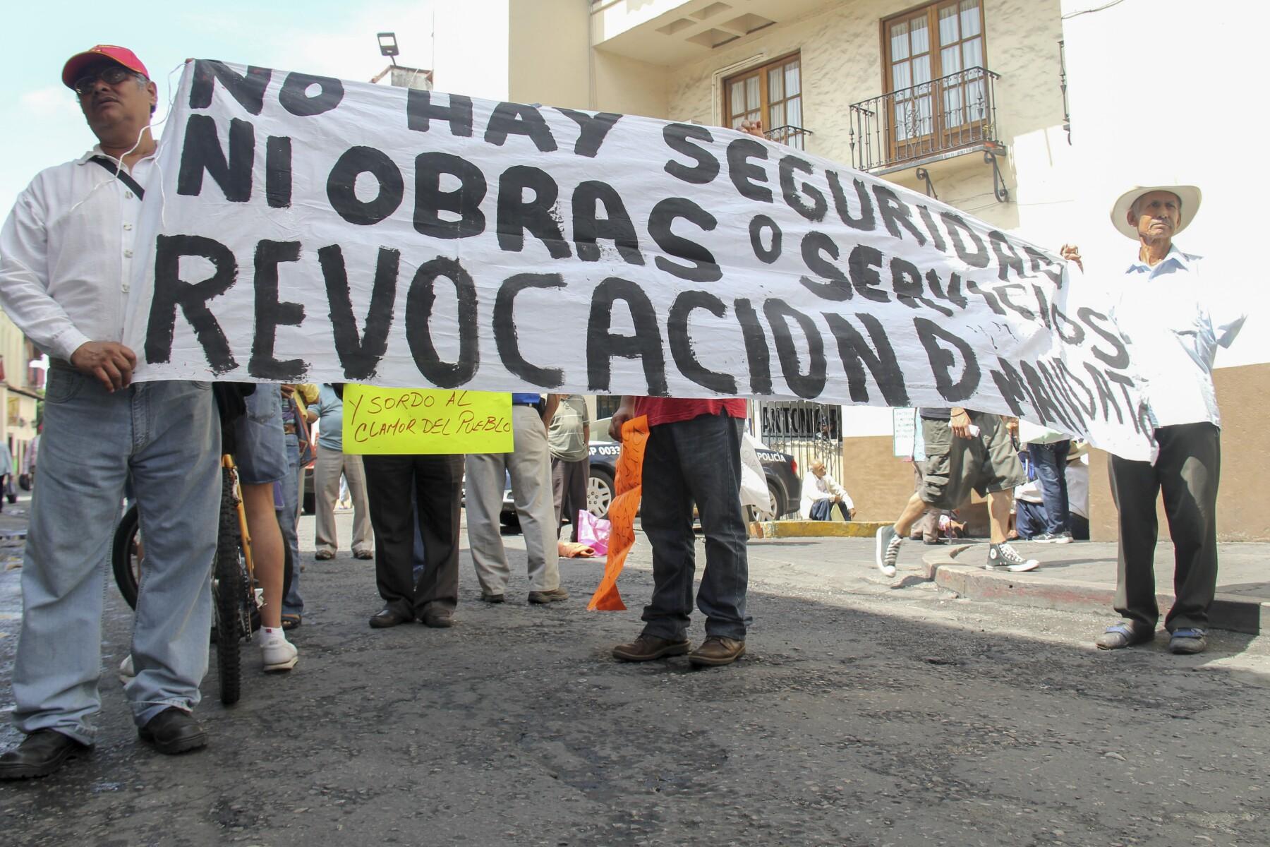 ciudadanos piden revocación de mandato.jpg