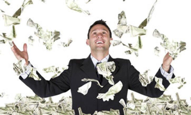 En el 2012 el aumento de salario fue alrededor del 4% y 5%.  (Foto: Archivo)