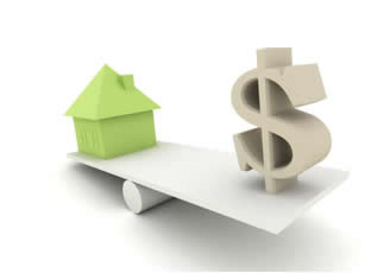 Cuando no te alcanza para comprar una casa, puedes recurrir a un crédito. Recuerda analizar detalladamente las condiciones del contrato. (Foto: Cortesía SXC)
