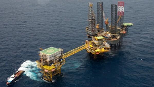 Pemex ajustó su meta de producción de petróleo para este año a 2.288 millones de bpd.(Foto: Getty Images)