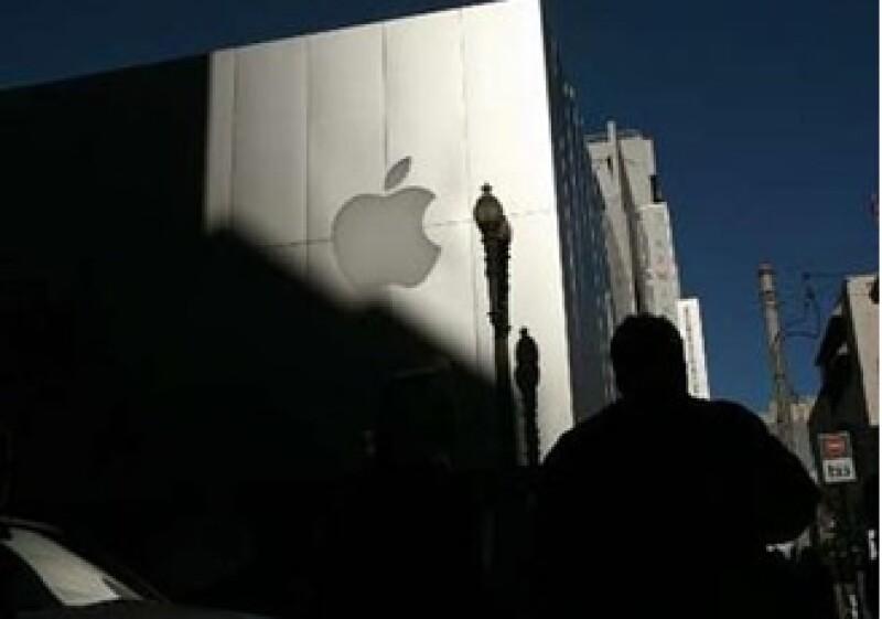 La firma Thomas Weisel aseguró que el lanzamiento de un tablet impulsaría las acciones de Apple. (Foto: Reuters)