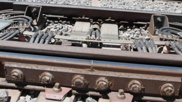 Rieles de la L�nea 12 del Metro de la Ciudad de M�xico