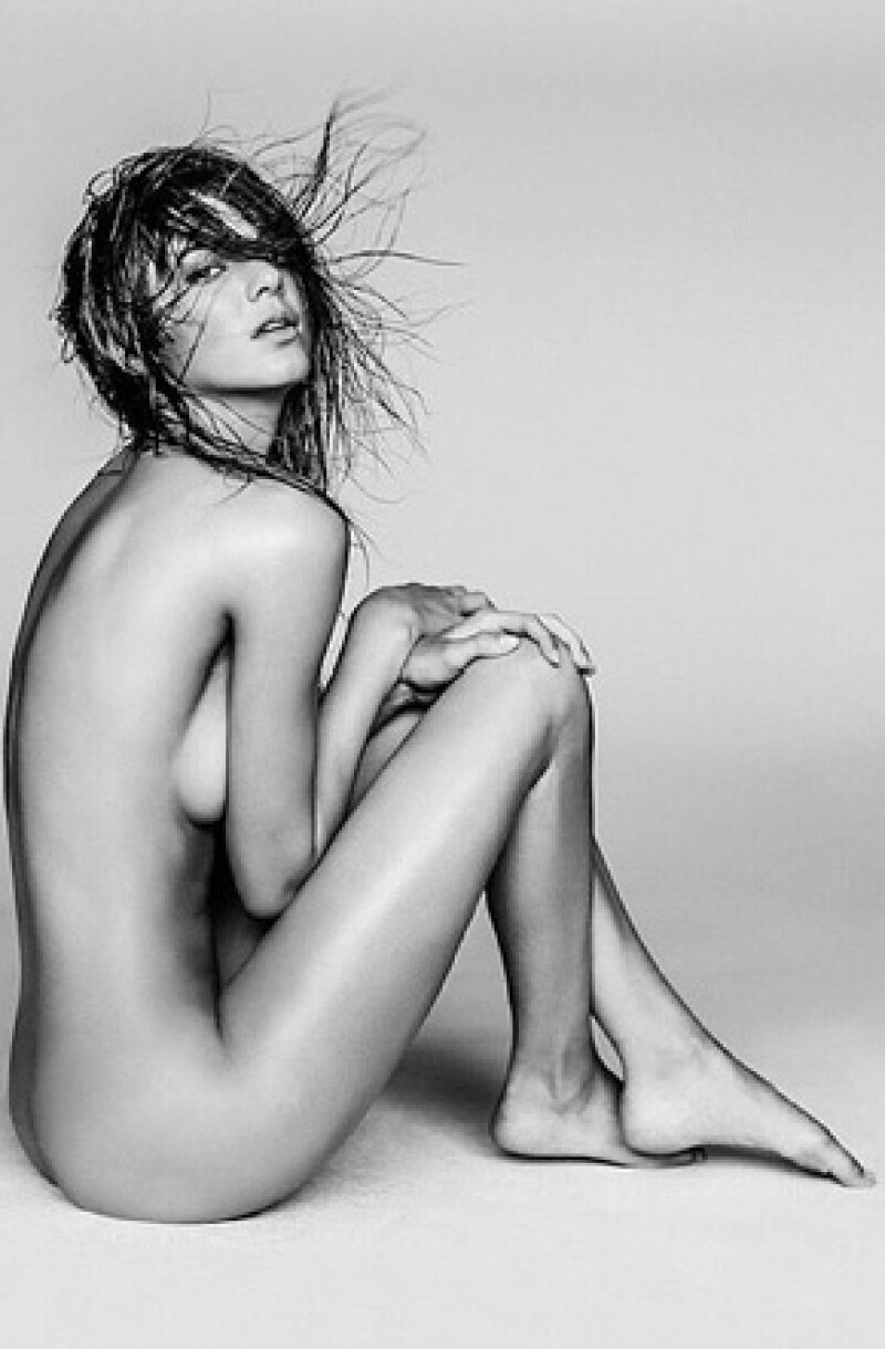 Una cámara captó una atrevida imagen de la modelo durante un evento de Victoria&#39s Secret. Lejos de molestarse por ello compartió la foto en su cuenta de Instagram.