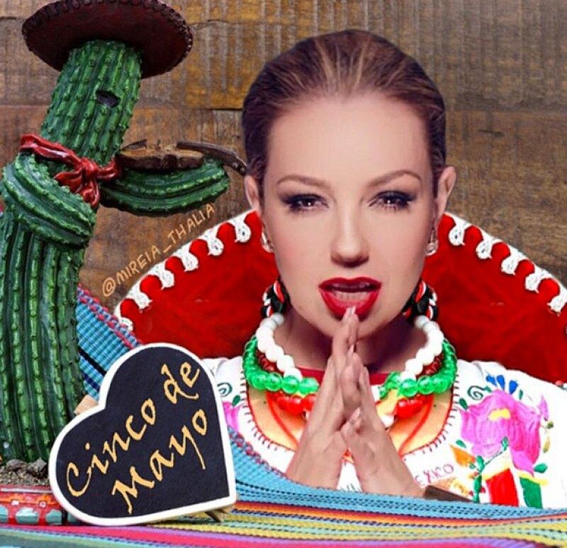 """Muy al """"Amor a la mexicana"""" y con tequila fue como Thalía disfrutó de este día."""