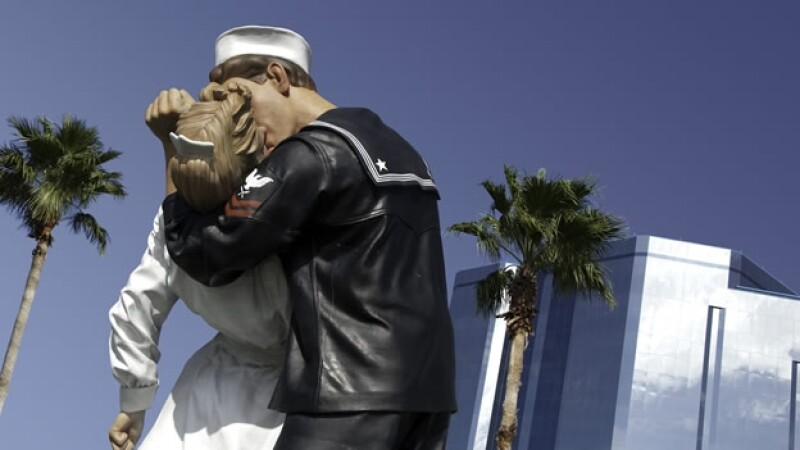 sailor love marinero beso amor