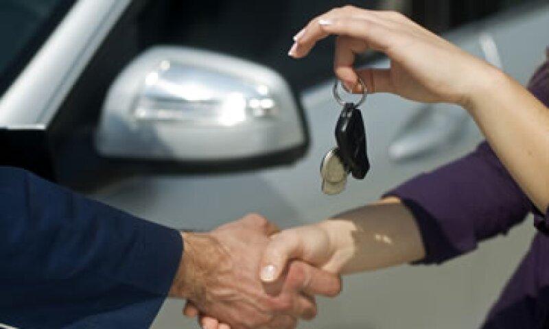 El crédito automotriz está en niveles de 50% de las ventas totales, dice la AMDA. (Foto: Getty Images)