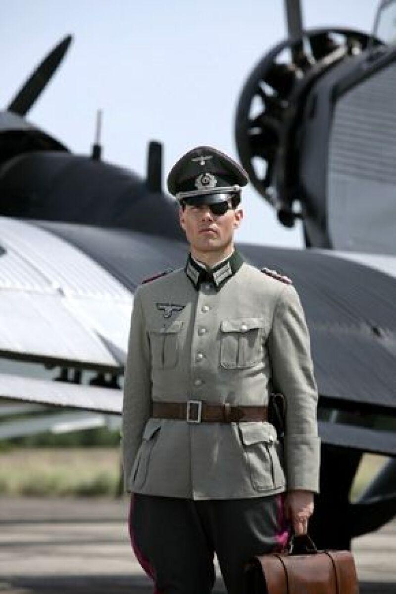 El actor asegura que dudó en tocar el uniforme que utilizó para la película Valkiria.