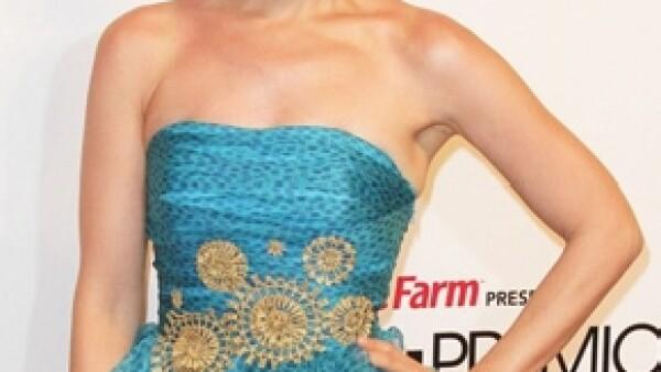 Thalía anunció a través de su Twitter que prepara nuevo disco. (Foto: Clasos.com