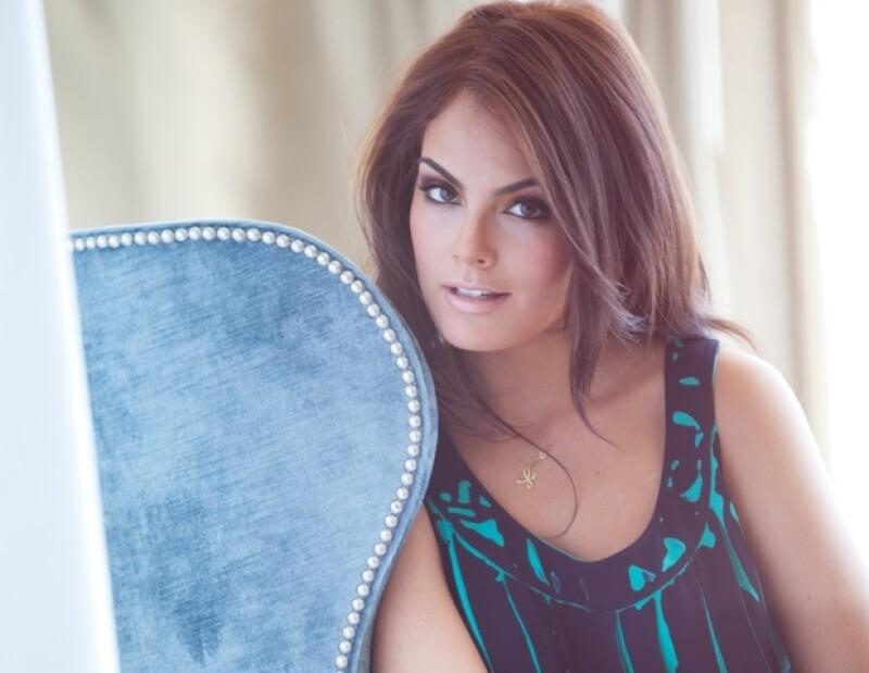¿Quién es Denisse Kuri? Una diseñadora de modas de Puebla, cuyas creaciones inspiradas en el folclor mexicano ya llegan hasta las manos de una Miss Universo.