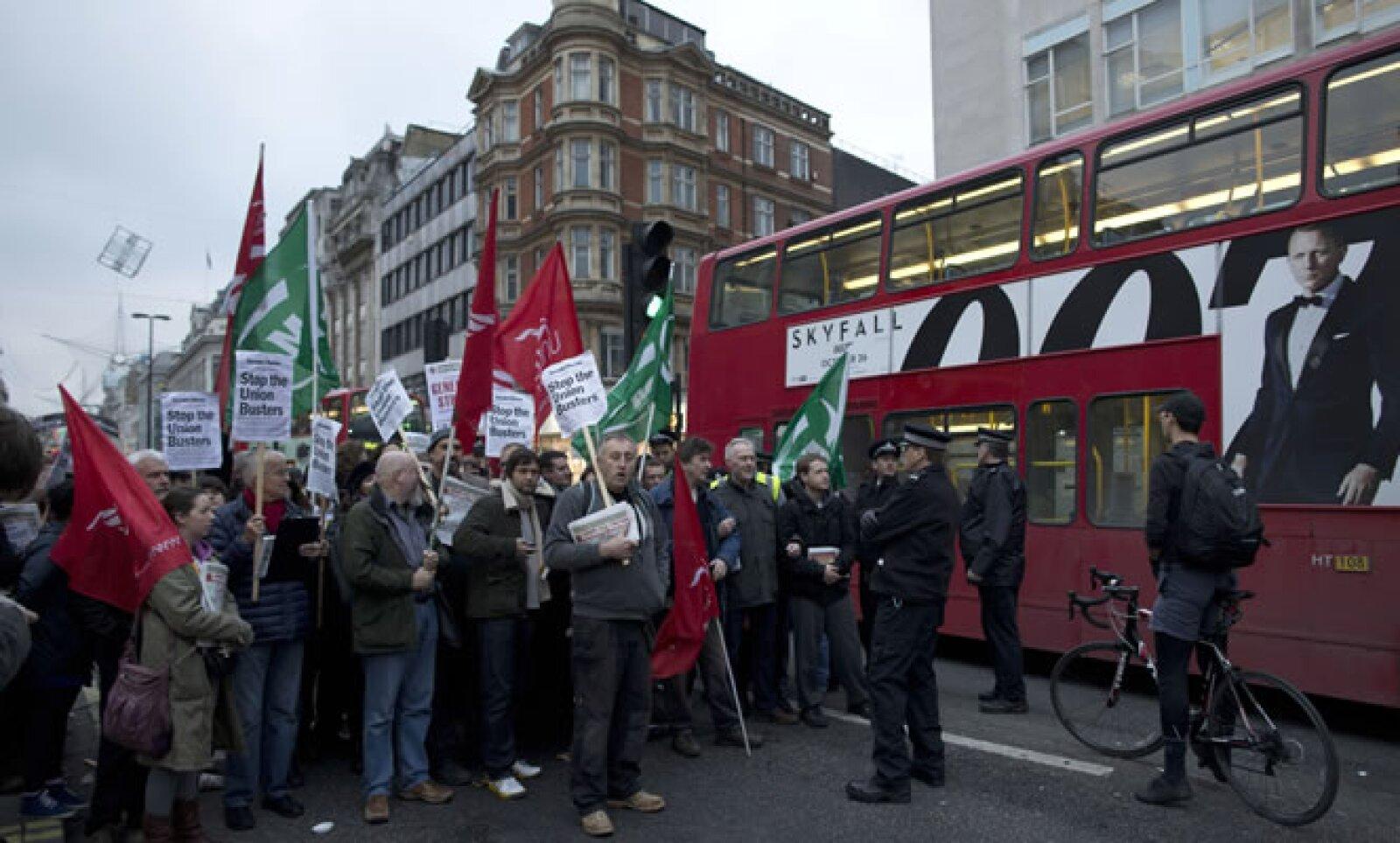 Trabajadores de Gran Bretaña también salieron a las calles para apoyar la movilización de España.