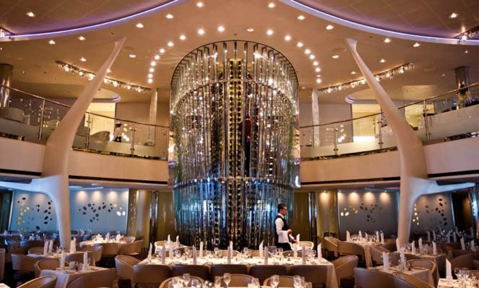 Los pasajeros podrán encontrar decoración de la mejor calidad en varios de sus espacios, fabricados por varias firmas de lujo europeas.