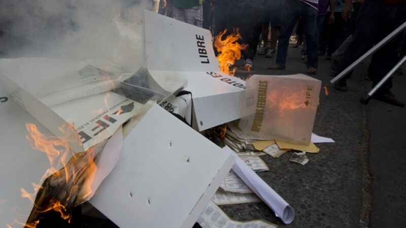 Oaxaca quema papelería