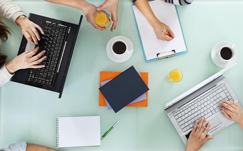 ¿Trabajas y trabajas durante todo el día y no logras avanzar en nada? No te preocupes, te pasamos 9 hacks para que seas mucho más productivo.