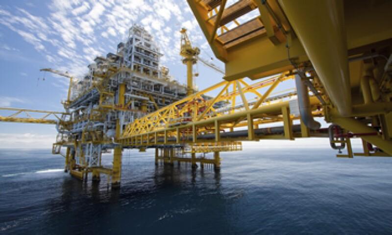 JPMorgan Chase dijo que los precios del petróleo se han visto afectados por una mayor producción de petróleo liviano por parte de EU. (Foto: iStock by Getty Images. )