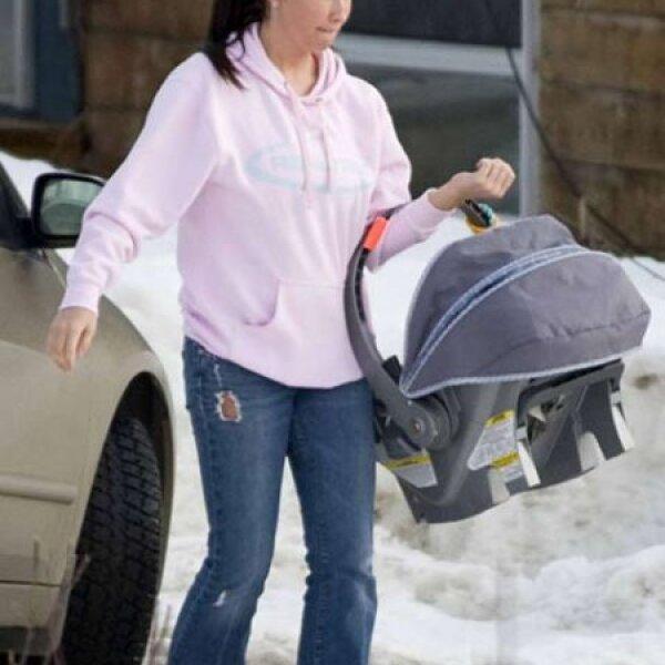 Bristol Palin, hija de Sarah Palin, debutó como mamá a los 17 años y su embarazo causó un gran escándalo para la gobernadora de Alaska y candidata a vicepresidente de EU en 2008.