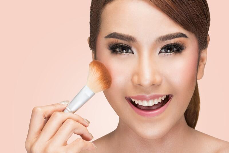 Coreana con maquillaje