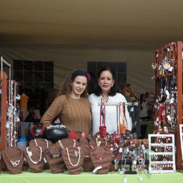 Regina Nuño y Margarita Escobedo