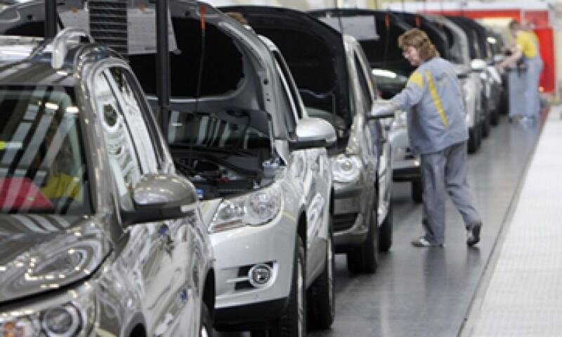 Volkswagen ha reservado 6,500 mde para cubrir los costos de la crisis que atraviesa. (Foto: iStock by Getty Images)