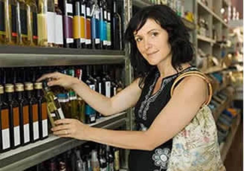 En medio de la crisis los consumidores buscan estímulos positivos. (Foto: Jupiter Images)