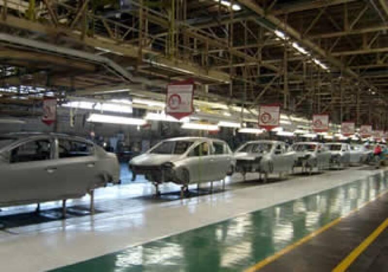 Alrededor de 30% de las operaciones de Nissan se realizan con tecnología y soluciones de negocio. (Foto: Autocosmos)