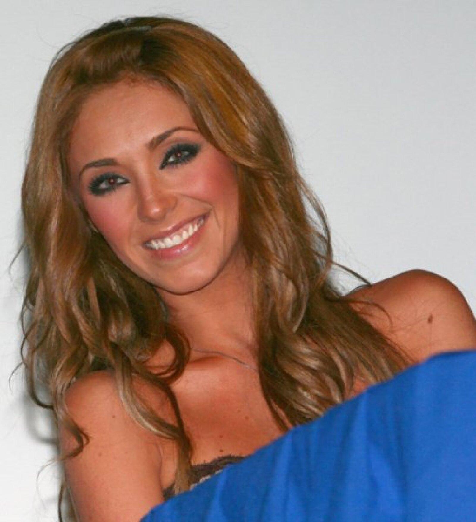 Recientemente el creador de RBD, Pedro Damián, calificó a la cantante como `una mujer hermosa y con gran talento´
