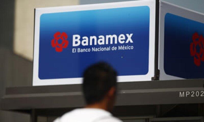 El presunto fraude de Oceanografía impactó a la utilidad del banco en 3,177 mdp en el cuarto trimestre. (Foto: Reuters)