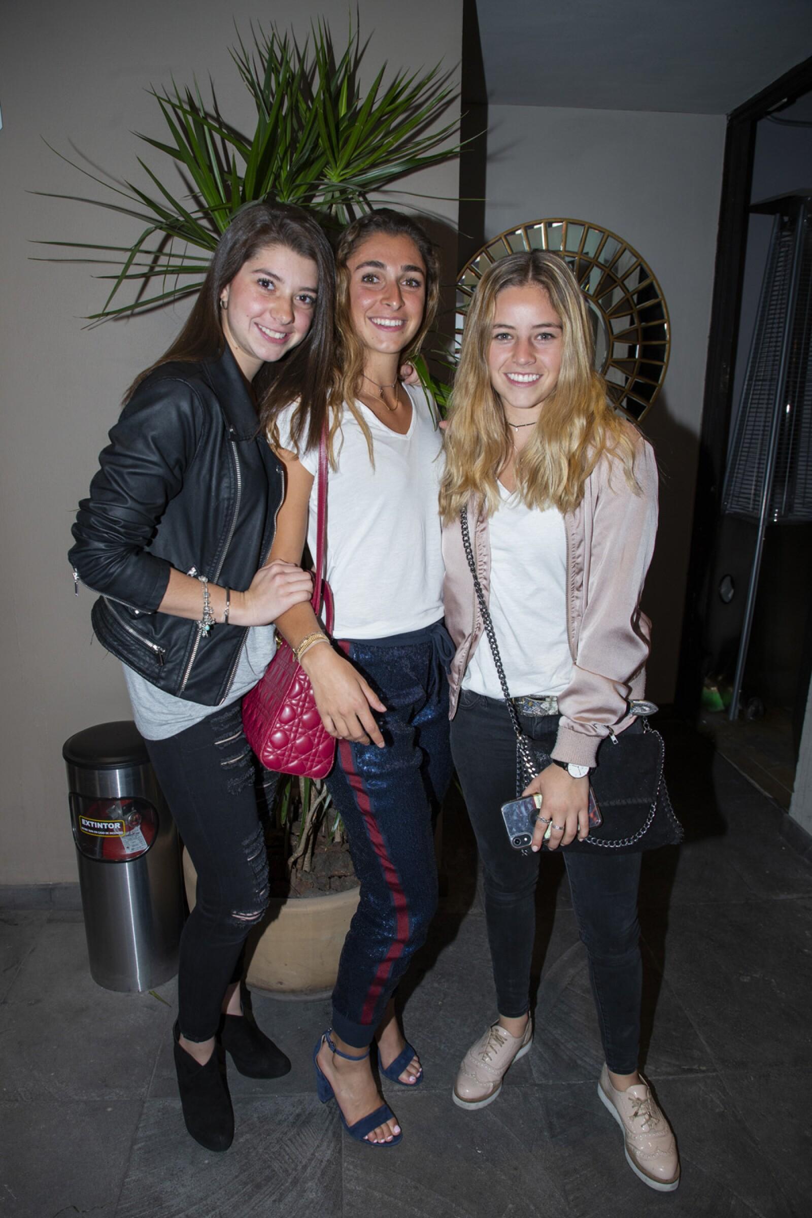 Maria Mateos, Karla Jacobo, Sofia Castillo