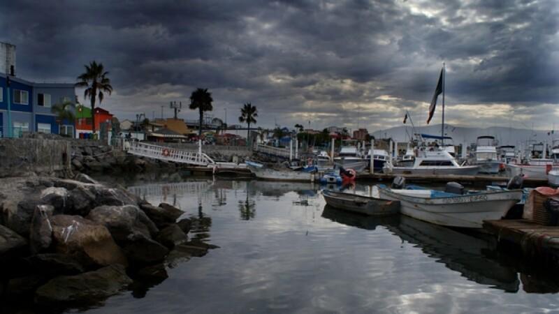 tormenta tropical lorena vista desde un puerto de baja california sur
