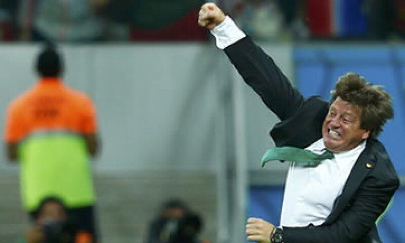 Herrera admitió que futbolistas no tienen conciencia del tema y despilfarran su dinero. (Foto: Reuters)