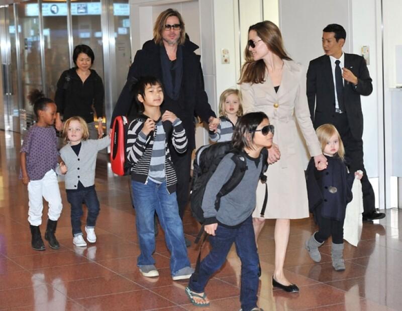 El actor y Angelina Jolie contraerán matrimonio en su casa francesa el mes que viene y ya están pensando en incorporar esta atractiva embarcación a sus celebraciones.