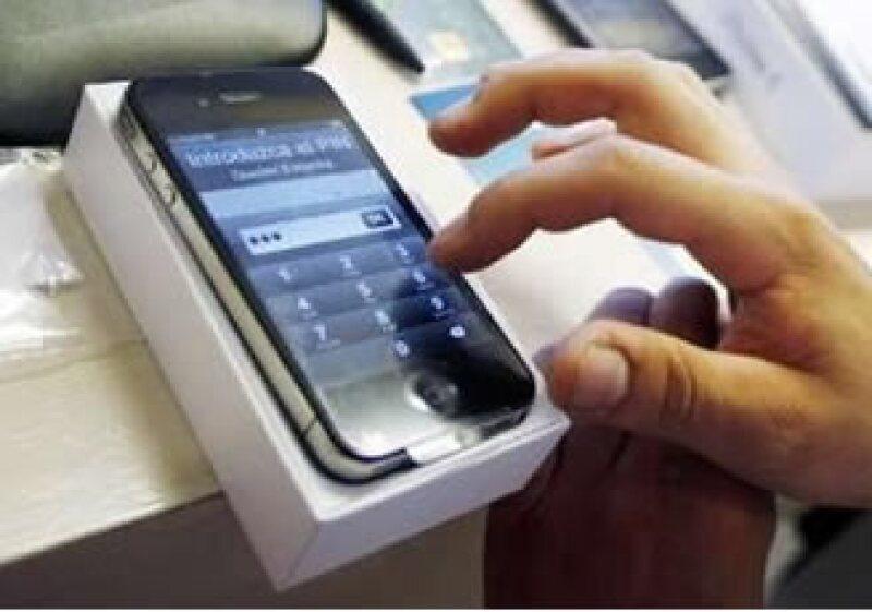 Expertos negaron una recomendación para el iPhone 4. (Foto: Reuters)