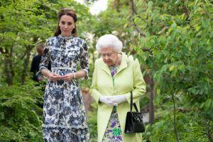 reina Isabel y Kate Middleton