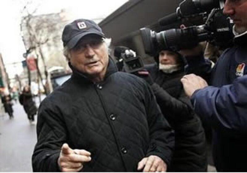 Madoff se declaró culpable de encabezar un gigantesco esquema de fraude y ahora cumple una sentencia en de 150 años. (Foto: Reurters)