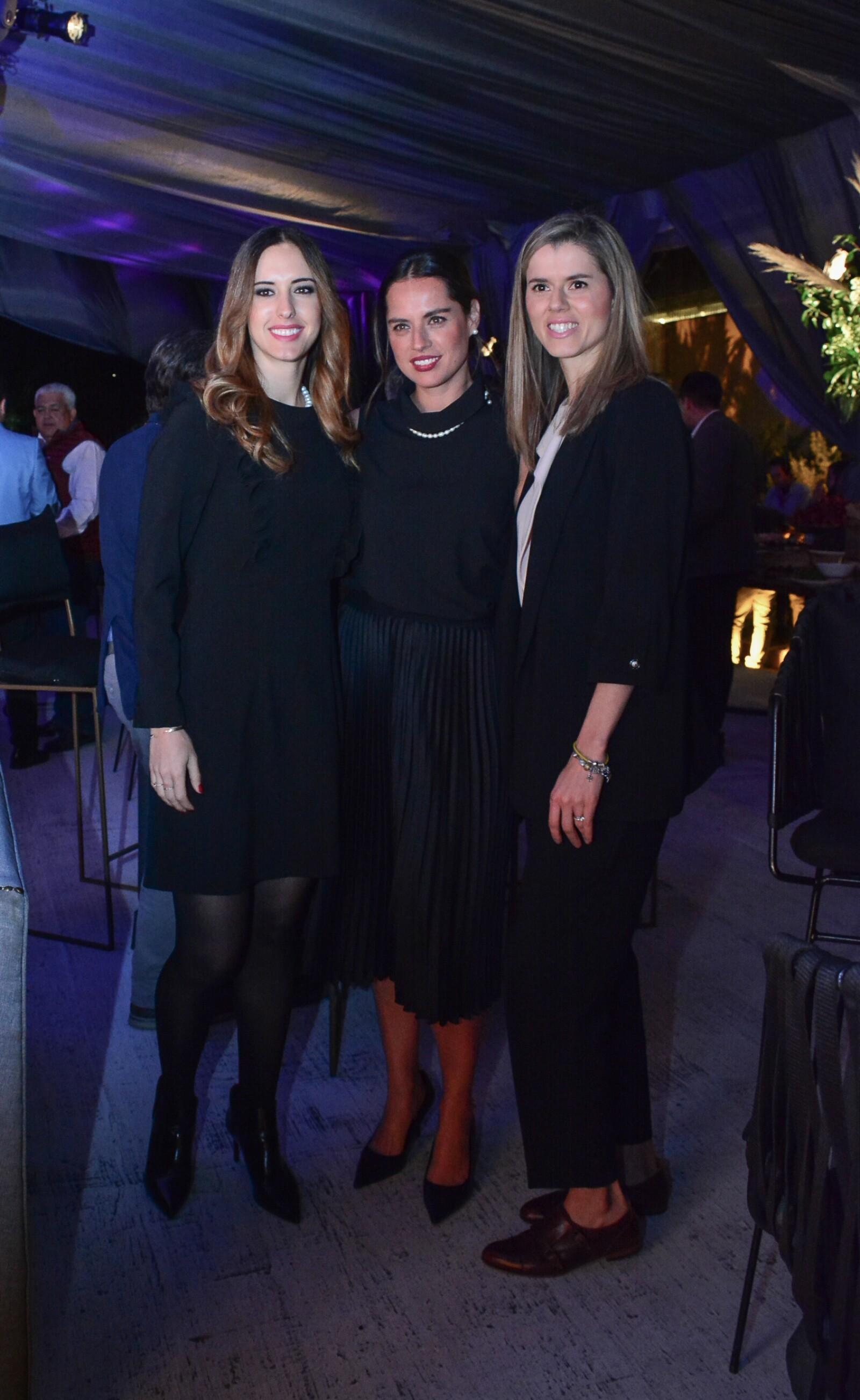 Viviana Sánchez Almada, Florencia Ferrnández y Cecilia García de Alba.jpg
