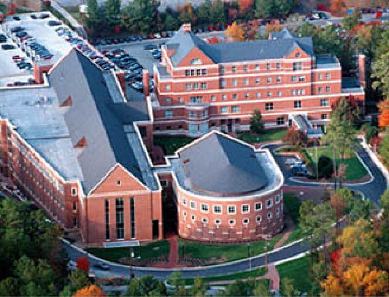 El programa de dos años, MBA@UNC, contendrá sesiones con video, conferencias archivadas y simulaciones. (Foto: Fortune)