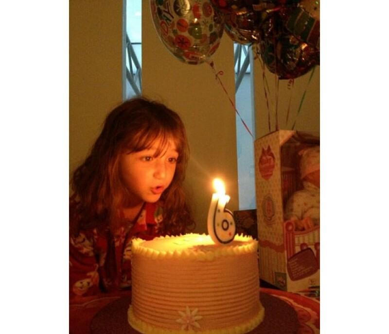 La conductora, además de celebrar una nueva etapa del matutino `Hoy´ festejó los 6 años de vida de su segunda hija.