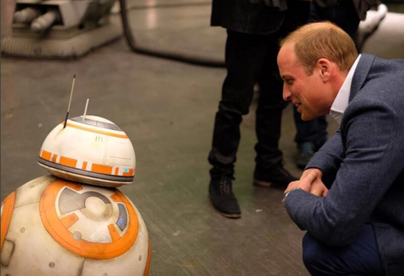 Harry intentó persuadir a William de comprarle un juguete a baby George.